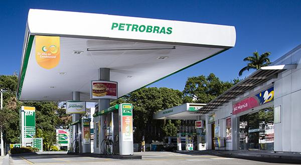 Resultado de imagem para fotos de posto de combustíveis