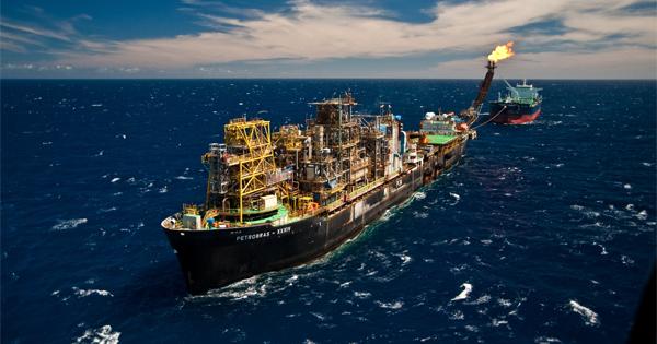 Resultado de imagem para Petrobras fomenta negócios no Espírito Santo